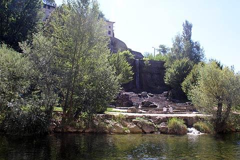 Vue sur la rivière à Pont-en-Royans