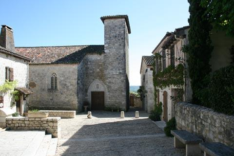 Church of Sainte-Foy in Pujols