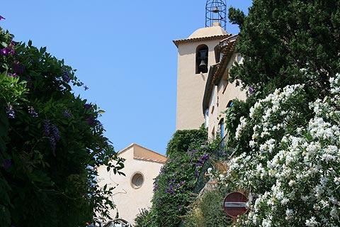 église dans le centre de Ramatuelle