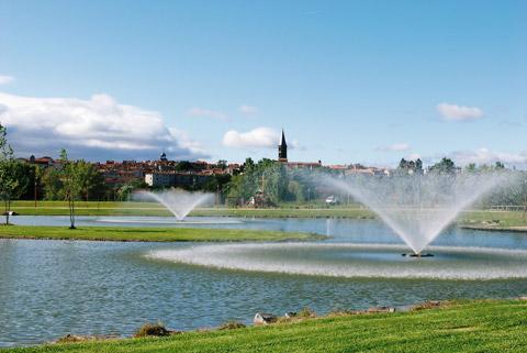Fontaines dans le parc de Riom