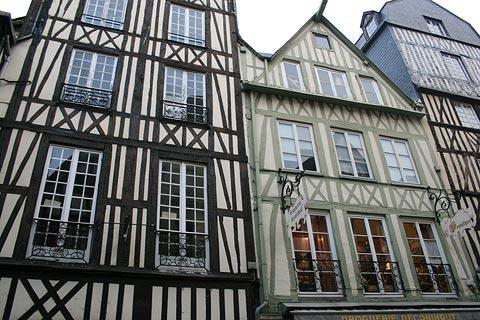 medieval houses in Rouen