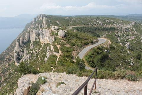 Road along the Route des Cretes towards Cassis
