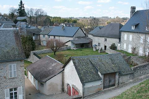 vue sur petit village de Saint-Angel