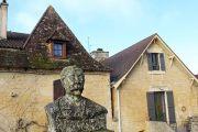 leo-testut-statue