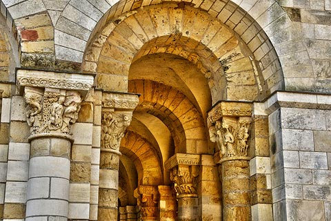Series of roman style arches