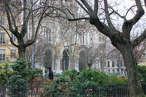 Saint-Etienne France travel and tourism, attractions and sightseeing and Saint-Etienne reviews