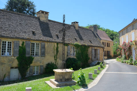 Centre du village de Saint-Geniès