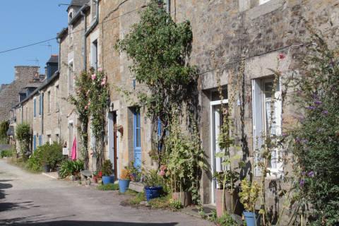 centre du village de Saint-Jacut-de-la-Mer