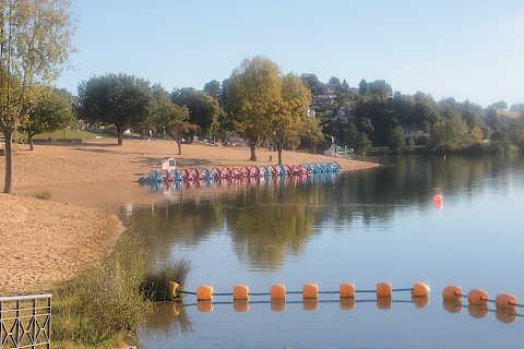 Lac de loisirs près de Saint-Pée-sur-Nivelle