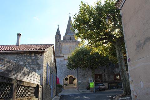 Entrée historique de Sainte-Colombe-en-Bruilhois