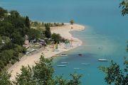 lake-side-beach