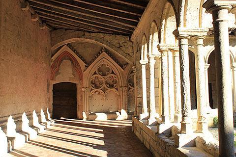 cloître à Saint-Emilion