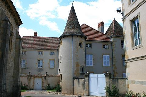 House with tower in Semur-en-Brionnais
