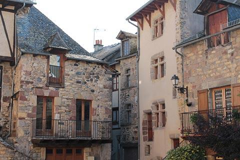 Ancient houses in Saint-Come-d'Olt