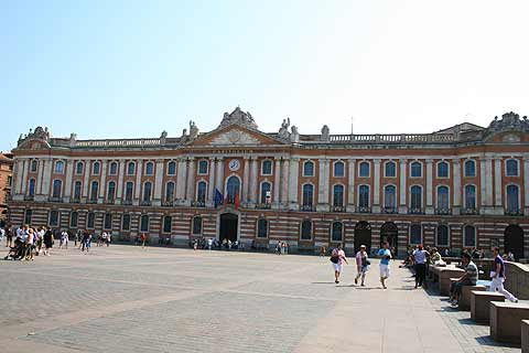 Toulouse France travel and tourism attractions and sightseeing and