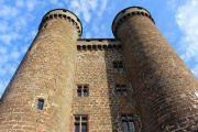 chateau-d-anjony-towers