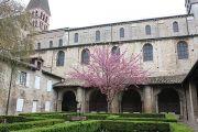 abbey-st-philibert-cloisters