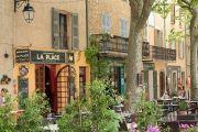 cafes-village-centre