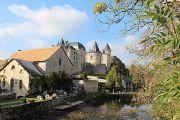 castle-river