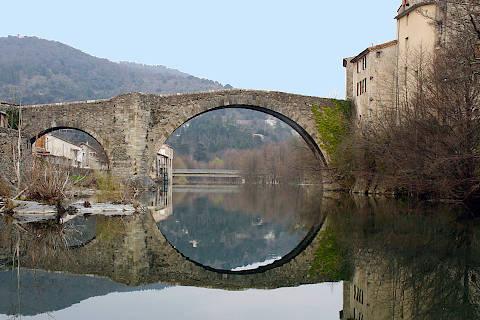 Ancien pont de pierre au Vigan