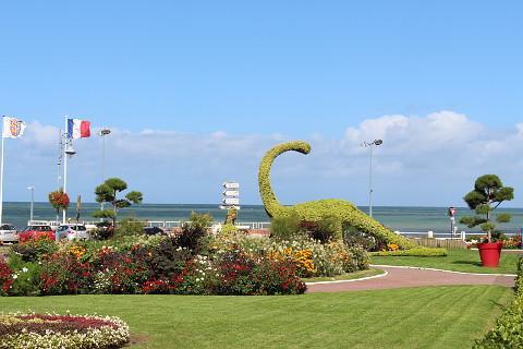 dinosaures topiaires à Villers-sur-Mer